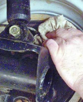 Как прокачивать тормоза на ваз 2109 одному