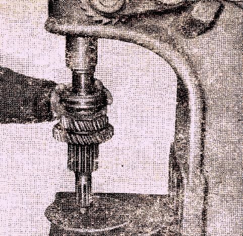 Напрессовка скользящей муфты со ступицей на ведомый вал