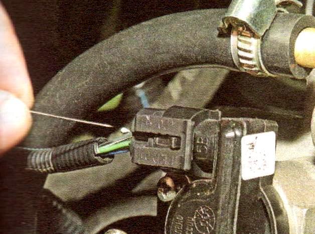Фото №42 - ВАЗ 2110 проверка датчика дроссельной заслонки