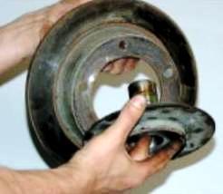 Шевроле нива замена тормозного диска